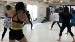 キックボクシング 女性