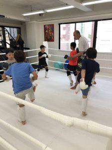 子供 キックボクシング