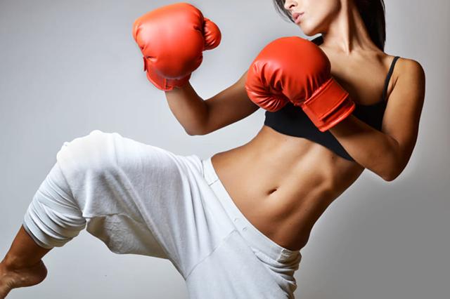 大人の趣味としてキックボクシング始める方増えています!